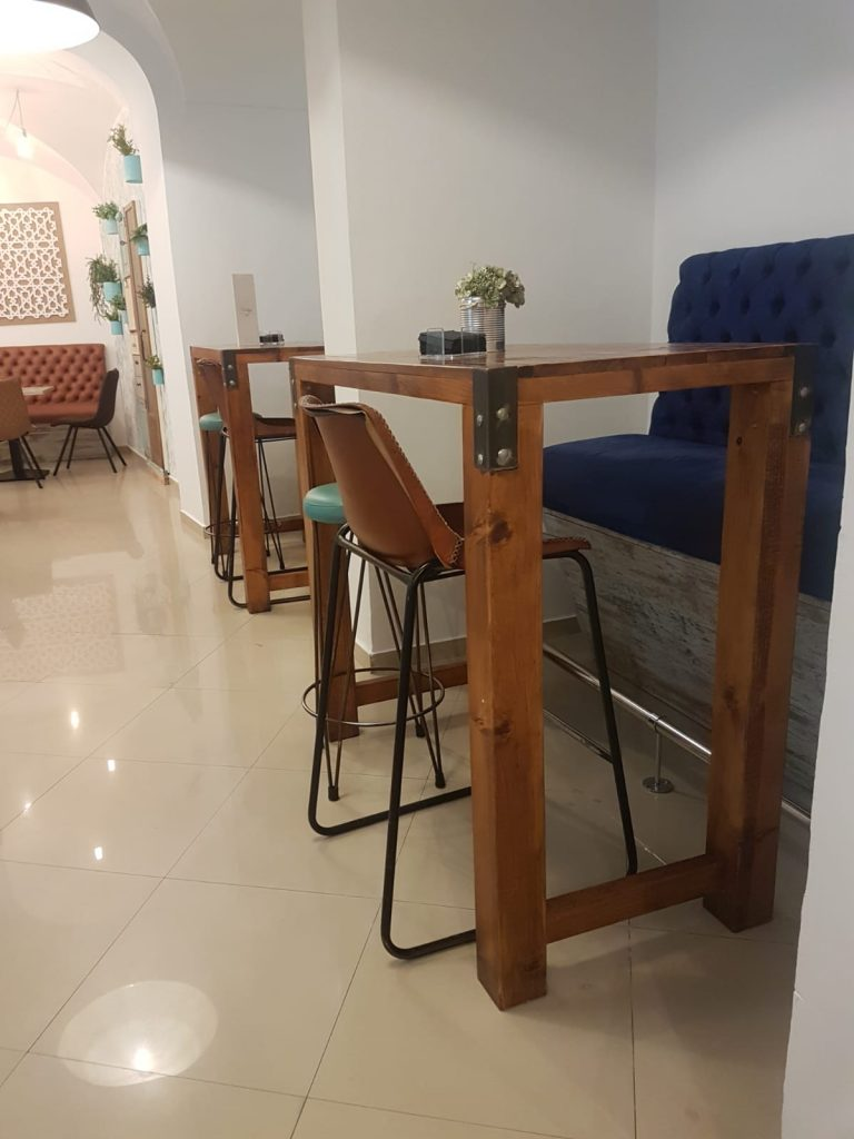 , DECORACIÓN Y MOBILIARIO PARA RESTAURANTES